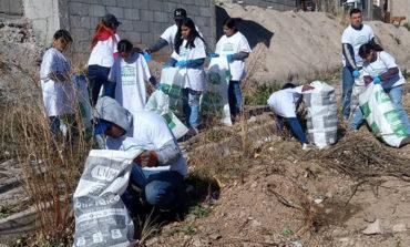 Realizan campaña de limpieza conjunta