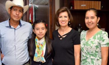 Se reúne Alcaldesa con Mariana Martínez ganadora de la Olimpiada del Conocimiento 2018