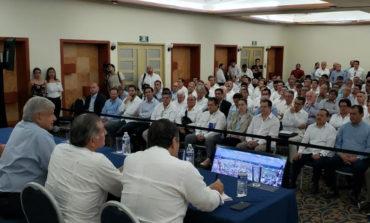 El presidente electo y empresarios acuerdan en Tabasco inversión   conjunta para el plan de rescate del sector energético