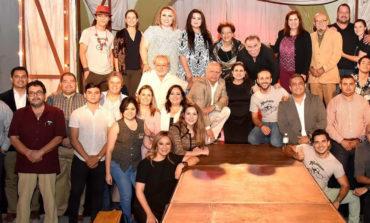 Se reúne Alcaldesa con representantes del teatro regional