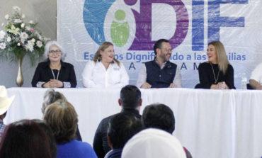 """Bajo El Programa """"Todo Comienza Con Un Sí"""", 95 Parejas Contrajeron Matrimonio Civi"""