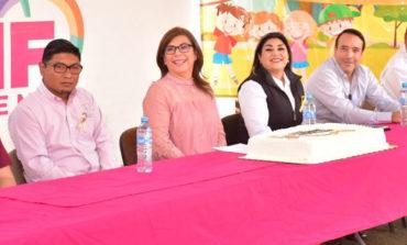 Conmemoran Su Lucha Niños De Oncología En El Parque Infantil