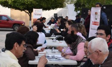 Dialogan funcionarios municipales con vecinos del fraccionamiento STAUS