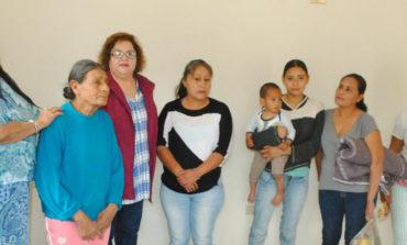 Alcaldesa Quintero Borbón, Entrega Apoyos y Cuartos Dormitorios en Gira de Trabajo por Comisaría Rosales