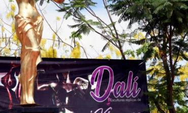 Presentan Exposición Dalí Réplicas Escultóricas En Laguna Del Náinari