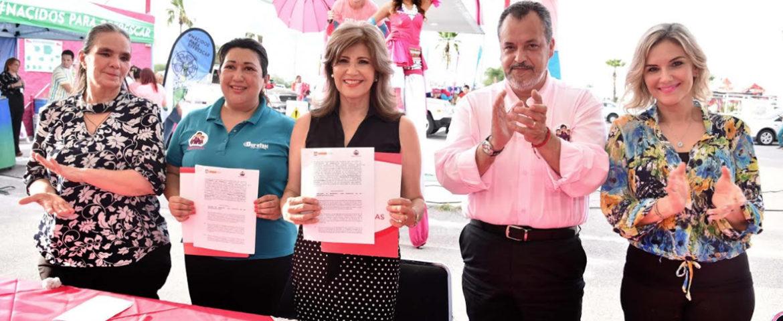 Firman convenio Ayuntamiento y Rendichicas Gasolinera