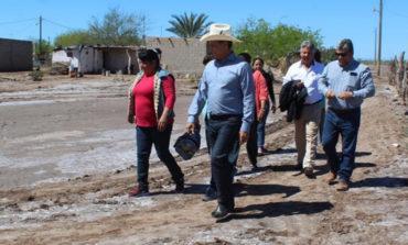 Entrega acciones de vivienda Ramón Díaz en varias comunidades