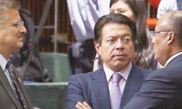 Vacaciona CNTE y avanza la reforma; diputados dan primera lectura