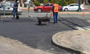 CIDUE repara asfalto del crucero del bulevar Colosio y Solidaridad