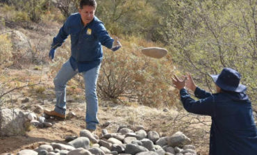 """Colocan """"retenciones"""" de agua en Cerro Johnson para mejorar vegetación y calidad de suelo"""