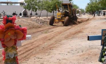Inician operativo de limpieza en panteones previo al 10 de Mayo