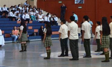 Motivan a estudiantes de secundaria con concurso