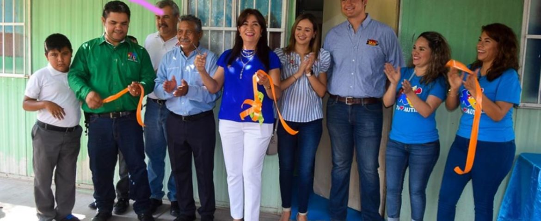 Inaugura Margarita Chávez el aula multisensorial, en el C.A.M.E Número 4