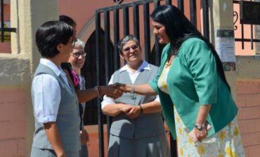 """Visita alcaldesa Quintero Borbón Albergue """"Caari Al-Leiya"""""""
