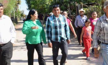 Rehabilita Gobierno Municipal caminos en la comunidad de Guaymitas