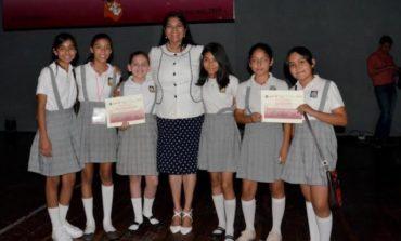 Asiste Alcaldesa María del Rosario Quintero Borbón, A ceremonia de graduación D.A.R.E.