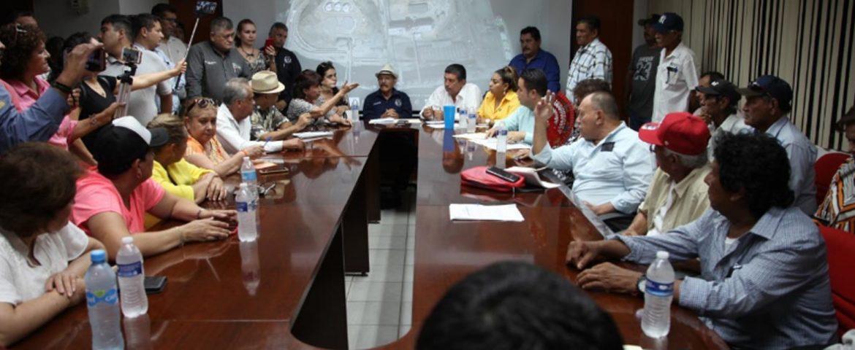 Se Reúnen Legisladores De MORENA Con Director De La Administración Portuaria Integral De Guaymas y Diversos Representantes De Sectores Productivos Y De La Sociedad Civil.
