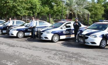 Alcaldesa Celida López entregó 14 patrullas nuevas que resguardarán el centro de Hermosillo