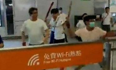 Empeora crisis en Hong Kong por violencia y enojo de China