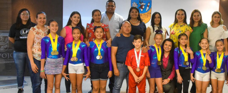 Felicitan a deportistas destacados en gimnasia artística y taekwondo