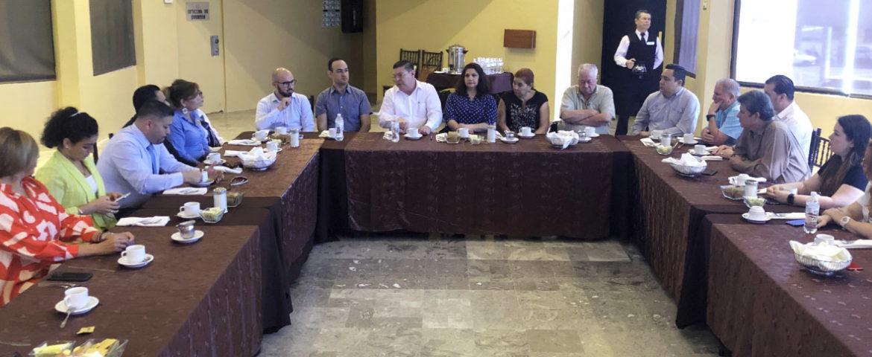 Se reúne funcionario de Cofetur con integrantes de OCV y hoteleros de Hermosillo