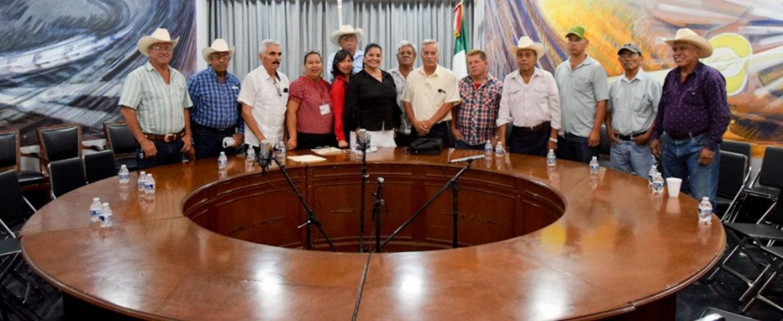 Preside alcaldesa María del Rosario Quintero acto de entrega del Impuesto Predial Ejidal