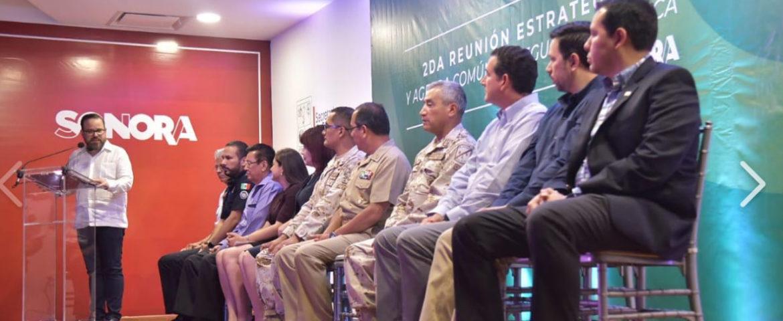 Firma Alcalde Sergio Pablo Mariscal Alvarado acuerdo por la Legalidad y Seguridad Pública