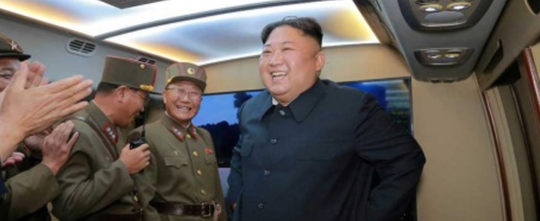 Norcorea dispara más misiles, pero envía 'disculpas' a Trump