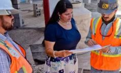 """Realiza Presidente Municipal Rosario Quintero Borbón recorrido por la obra de remodelación del estadio Manuel """"Ciclón"""" Echeverría."""