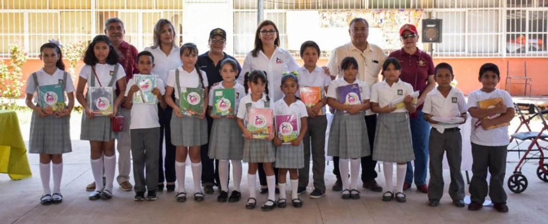 Beneficia DIF Cajeme a 250 estudiantes con útiles escolares