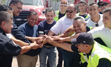Apoyan bomberos locales homólogos de Michoacán