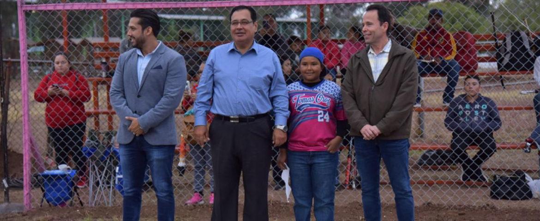 """Inauguran campo deportivo """"Doctor Pablo Mariscal Salazar"""""""