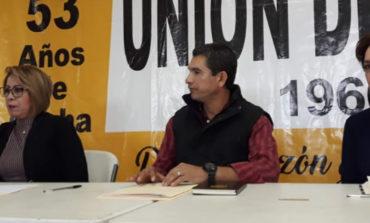 Sostiene  una reunión diputada Miroslava Luján López con autoridades de la Unión de Usuarios de Hermosillo,