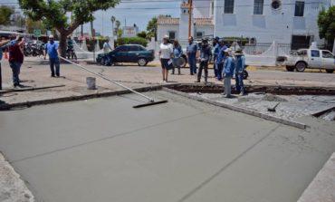 Supervisa alcaldesa última etapa de obra de rehabilitación con concreto hidráulico