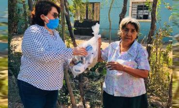 Continúa Diputada Gricelda Soto Almada con la Entrega de Apoyo Alimentario a Familias en Guaymitas