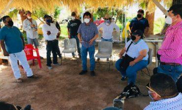 Dialoga Ayuntamiento con comerciantes y habitantes de Bahía de Kino; llevarán Brigadas de Vida a negocios