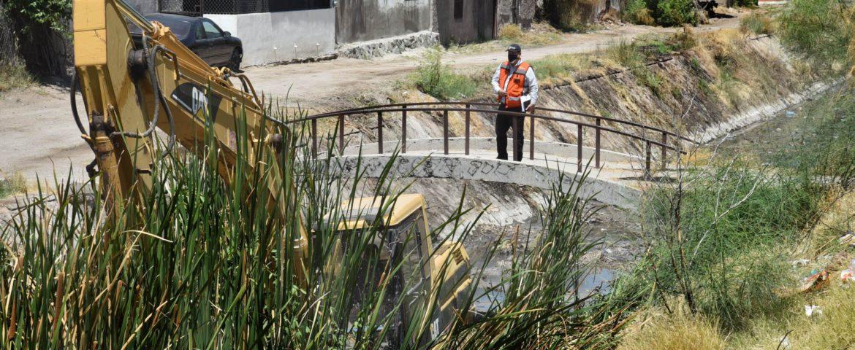 Realiza CIDUE limpieza de canales y arroyos