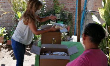 Apoya Gobernadora con paquetes alimentarios a familias navojoenses