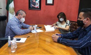 Signa alcaldesa Valle Dessens con CECOP convenio para obra 2020
