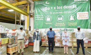 Recibe alcaldesa Celida López segunda entrega de donativos por parte de Abarrey
