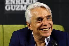 Enrique Guzmán se prepara para recibir el aplauso virtual