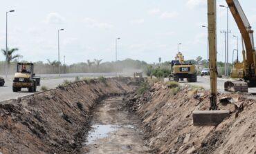 Inician trabajos de embovedado del canal del bulevar Centenario en Navojoa