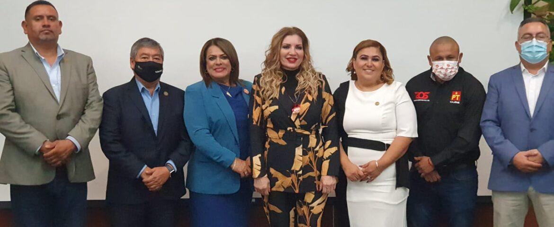 Presenta diputada local Segundo Informe Legislativo