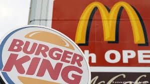 Burger King invita a comprar en McDonald's