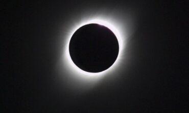 2020 cerrará con espectacular eclipse total de Sol, superconjunción de planetas y lluvia de estrellas