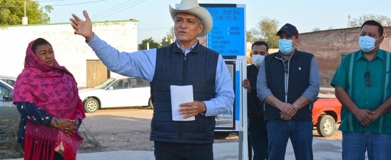 Presidente Ramón Díaz visita el Jupare y anuncia la construcción de una plaza comunitaria
