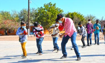 Ayuntamiento imparte talleres de danza de matachín en comunidades indígenas